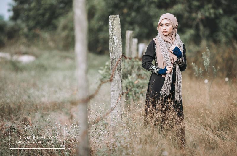 Outdoors Hijabfashion Hijabbeauty Hijabcouture Hijabmodel Hijabstyle  Hijabista Portrait Photography Hijabstyle  Malaysiamodelsearch Hijabstyle  Malaysianphotographer Malaysiamodelling Hijabstyle  Modeling Shoot Only Women Hijabstyle  Hijabstyle  Product Photography Photography Photooftheday Wedding Hijabstyle