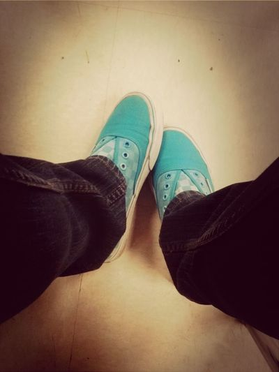 KOTD ! my shoes need to be cleaned ): no shoe straaangs (: lol .