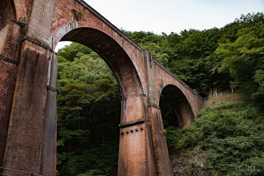 Arch Architecture History Day Architectural Column Outdoors No People Built Structure Tree Ancient Bridge - Man Made Structure City Nature Sky