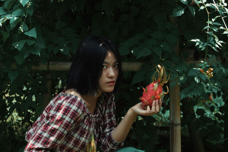 One Person Plant Adult Young Adult Nature Portrait Flower Women Looking Headshot Contemplation Young Women Flowering Plant Celebration Emotion Sadness Tree Cold Temperature Outdoors Dark EyeEmNewHere