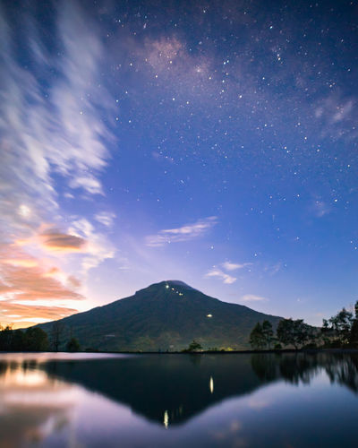 the milkyway just before sunrise Milky Way Galaxy Nightphotography EyeEm Best Shots EyeEmNewHere EyeEm Nature Lover EyeEm Selects EyeEm Gallery Landscape INDONESIA Sunrise Astronomy Galaxy Space Milky Way Water Star - Space Constellation Mountain Moon Lake Reflection Lake Reflecting Pool Standing Water Star Trail