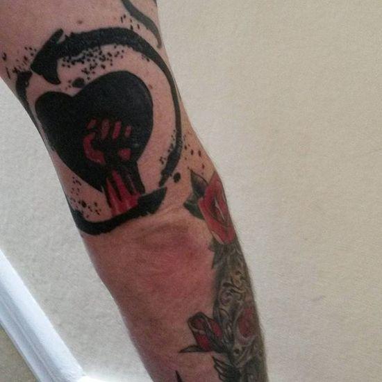 Riseagainst Riseagainsttattoo Riseagainsttattoos Bandtattoo Bandtattoos Riseagainstink Graffitiink Graffititattoo Rise Against Tattoo Tattoos