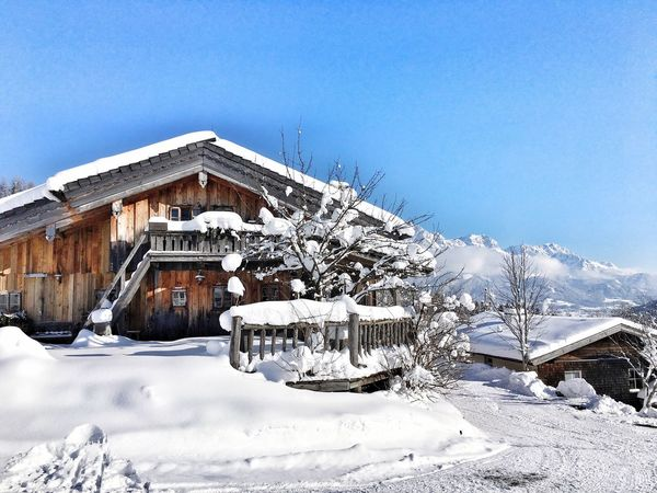 Winter Snow Cold Temperature Built Structure Building Exterior Architecture Weather Frozen Clear Sky House Blue Nature Log Cabin Outdoors No People Covering Wood - Material Roof Day Beauty In Nature Frozen Chalet