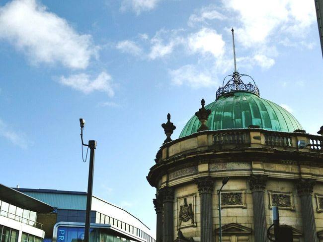 Leeds Walking Around Architecture Look Up Buildings EyeEm Gallery Blue Sky EyeEm