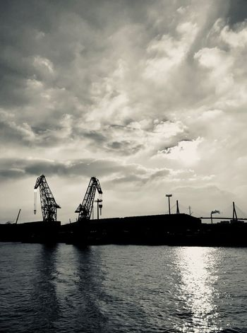 Sky Waterfront Cloud - Sky Water Commercial Dock Built Structure Crane - Construction Machinery Harbor Silhouette Architecture Industry Nautical Vessel Shipping  Day City Crane No People Outdoors