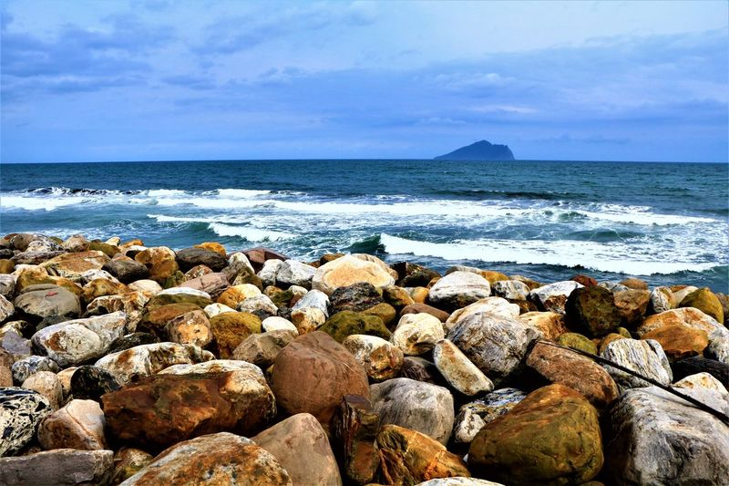 EyeEm Sea Water Beach Horizon Over Water Rock - Object Nature Sky No People Cloud - Sky Day Outdoors Beauty In Nature Scenics Tranquil Scene
