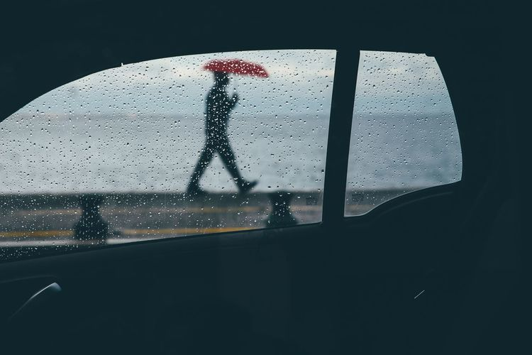 antithesis The Week on EyeEm EyeEm Best Shots EyeEmNewHere EyeEm Gallery EyeEm Selects EyeEm EyeEmBestPics Eyeem Market Drops Of Water Window Shillouette Rain Rainy Days Raindrops Red Red Color Umbrella Streetphotography Street Photography Street Water Black Background Close-up The Street Photographer - 2018 EyeEm Awards #urbanana: The Urban Playground Autumn Mood Streetwise Photography