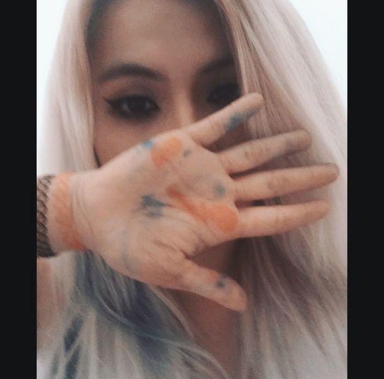 """""""Ella es la reina de los condenados, y nosotros somos los condenados"""" Colors Beautiful Pretty♡ Eyes Blonde Mexican Girl Tumblr Tumblrgirl Happiness Happy Drugs Paradise Funny"""