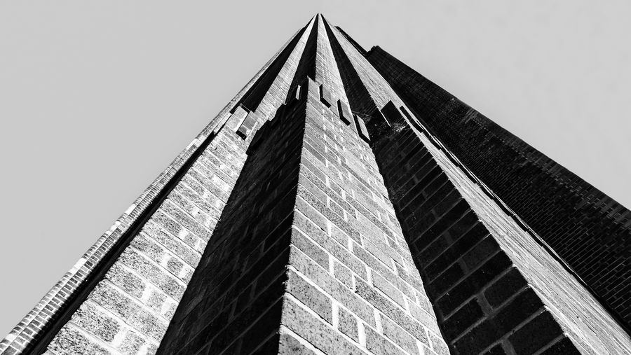City Cityscape EyeEm EyeEm Best Edits EyeEm Best Shots EyeEm Gallery EyeEmBestPics London Architecture Blackandwhite Blackandwhite Photography Building Building Exterior Built Structure City Clear Sky Day Low Angle View Modern No People Outdoors Sky Tall - High
