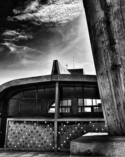 R O O F T O P NikonD5500 Nikonfr Igersfrance Igersmarseille Marseillerebelle Marseillecartepostale Ohprovence Blackandwhite Bnw_life Bnw_captures Bnw_society Bnw_captures Bnw_marseille  All_bnwshots Bnw_demand Marseillemodulor Archilovers Architecturelovers Architectureporn Archidaily Architecture Lecorbusier Jaimelafrance Topfrancephoto Ig_great_shots dxo lesphotographes