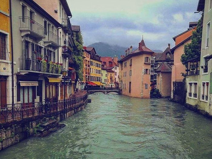 Annecy France Europe Photooftheday Picoftheday Photography Streetphotography Huaweiphotography Gameoftones Travel Instagood Instamood Justgoshoot Exploretocreate Peoplescreatives Passionpassport Theoutbound Worldtravelbook Streetdreamsmag Modernvoyage Visualoflife Moodygramsy Exklusive_shot Streetselect Ig_europe