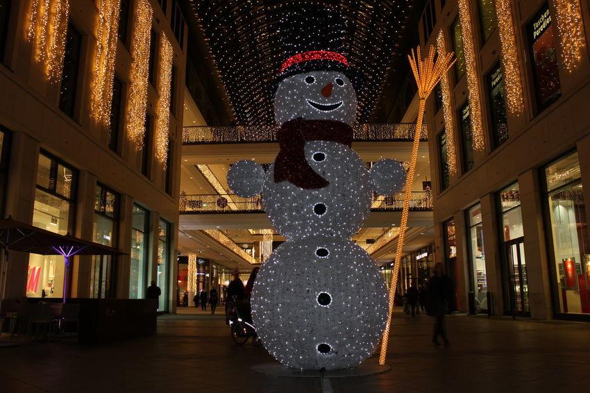 Art Cultures Nachtfotografie Night Schneemann Tourism Weihnachten Weihnachtsmarkt