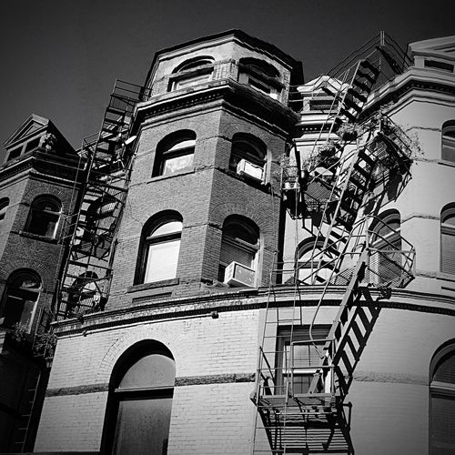 Architecture Low Angle View Built Structure Building Exterior No People Outdoors Day Sky Wahington D.C. EyeEm Best Shots Eyeemphotography