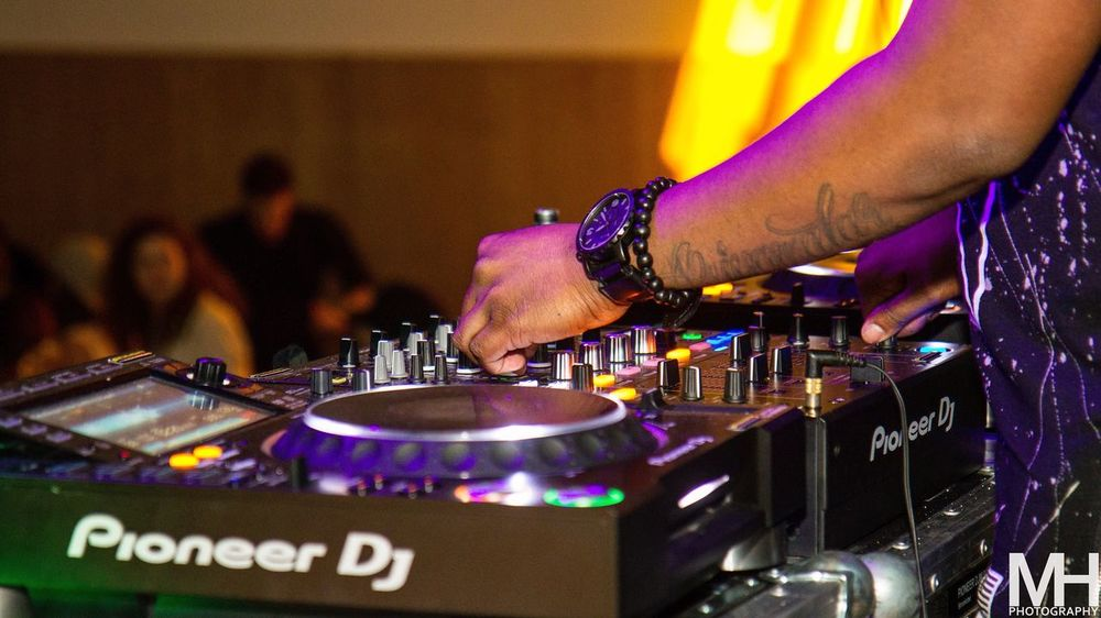 Close Up Technology Dj Club Dj Music Arts Culture And Entertainment Turntable Nightlife Performance Nightclub Indoors  Sound Mixer Adults Only Only Men Human Hand Playing Standing Record Midsection Close-up One Person Mixing (null)MH Photography Pioneerdj Event
