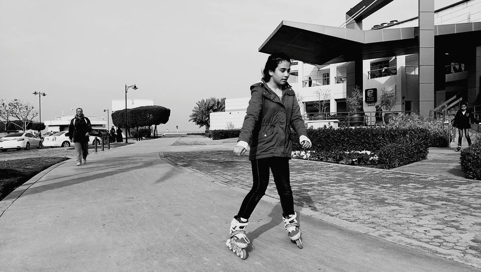 EyeEmNewHere Rollerblades Leisure Activity Full Length Sportswear Healthy Lifestyle Outdoors Young Adult Urban Photography Photography Themes Winter_collection Monochrome Photograhy ColdMorning