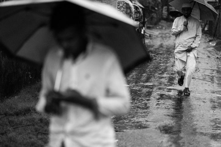 Bangladesh The Street Photographer - 2018 EyeEm Awards B&w Blackandwhite Chittagong Streetphotography Urban The Week On EyeEm Editor's Picks 17.62°