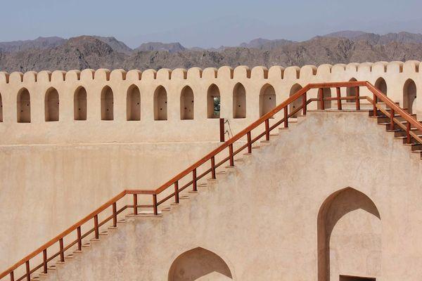 Nizwa Fort Castle in Oman Arabian Architecture Castle Nizwa Fort Oman Stairs Arab Arabic Architecture Day Fortress Nizwa Oman_photo Oman_photography Sandstone Staircase