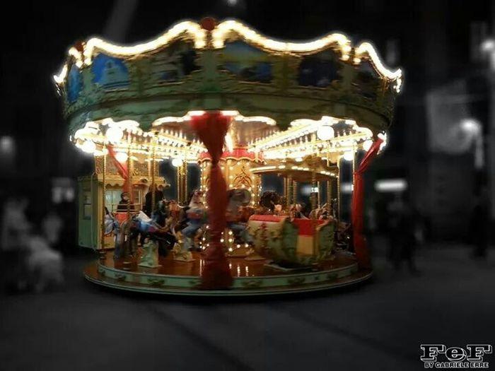 Giostra Divertimento Happy Carousel