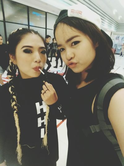 BESTFRIENDFOREVER 💜 That's Me Taking Photos Bestfriend ♥ Hiphop Dance Competition Hhi Hhi2016 Hhithailand Cheer Up