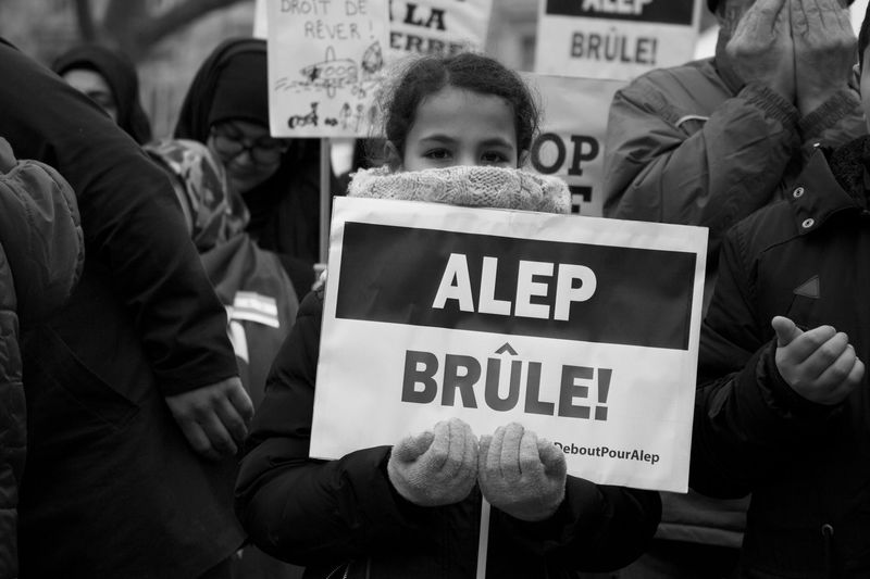 Aleppo is burning. Rassemblement de la CIMG (Confédération Islamique Millî Görüs). Place de la République, Paris. 17/12/2016. Outdoors Journalism Streetphotography Street Photography Place De La République Portrait Paris Aleppo Alep Day Real People