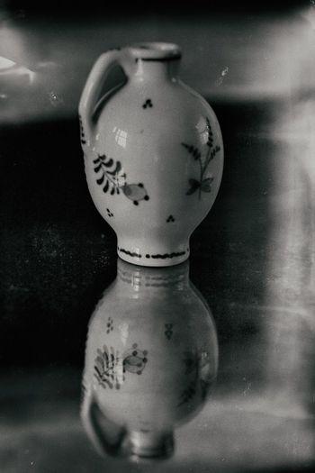 Porcelain reflection. Reflection Blackandwhite Black And White Black & White Blackandwhite Photography Black&white B&w