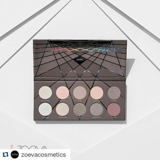 Скоро эта красотка будет моей!😋Repost @zoevacosmetics with @repostapp ・・・ Taupe is the new black! Determined by a variation of warm and cool toned taupe shades, complementary to every skin tone. The ZOEVA En Taupe Palette is available now! Zoeva ZOEVAentaupe Newin