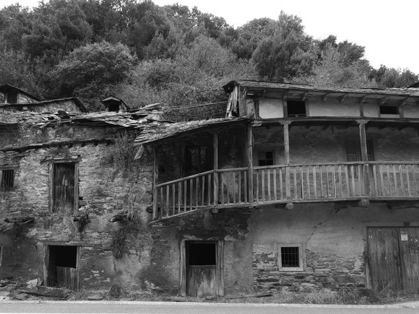 Architecture Building Camino CaminodeSantiago Derelict HuaweiP9 Monochrome Monochrome Photography Oo Ruins Travel