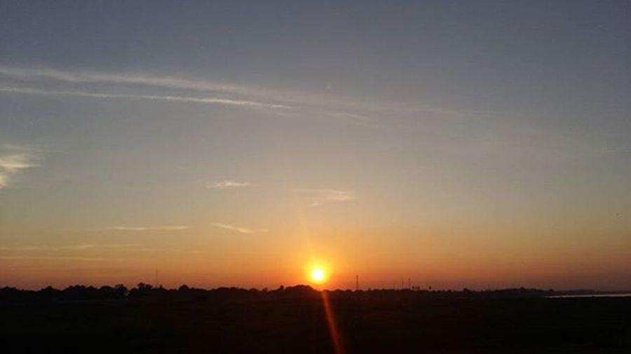 Sunsetonthemekong Sunsetoverthailand RedSky Sunset Mekong Lifeasiseeit Southeastasia Johnnelson