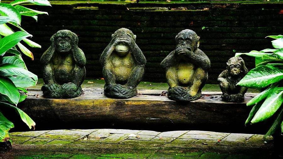 4 monkey statue Statue Art And Craft Sculpture No People Outdoors Day Tropical Art Temple Culture Hear Looking Boredom. Aspiration Ignorance Brass Statuettes Figurine  Silence Primate Confusion Ape Craft Blindness Objects