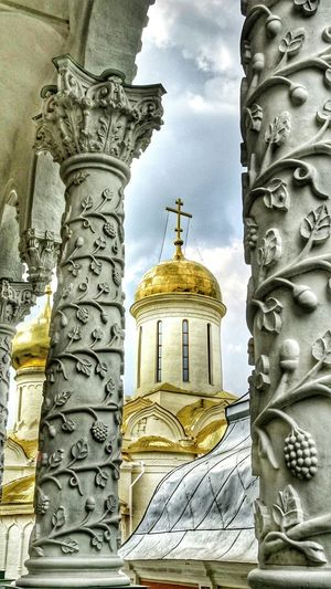 Russia россия Sergievposad Troitsky Sobor Dome Ortodox Church Religion Golden Ring Of Russia Majestic Travel Photography Light And Shadows Taking Photos Golden Pillars EyeEm Best Shots EyeEm Best Edits EyeEm Gallery The Holy Trinity ST Sergius Lavra
