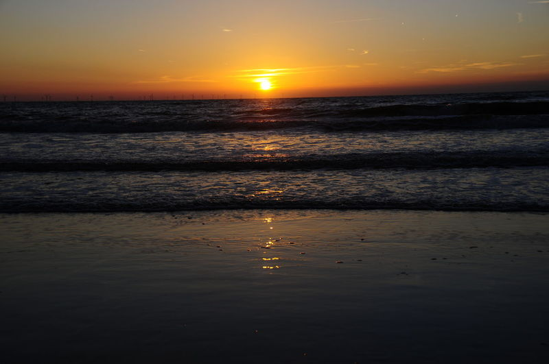 Sonnenuntergang Meer Beach Beauty In Nature Horizon Horizon Over Water Idyllic Land Nature No People Orange Color Outdoors Reflection Scenics - Nature Sea Sky Sun Sunset Tranquil Scene Tranquility Water Wave