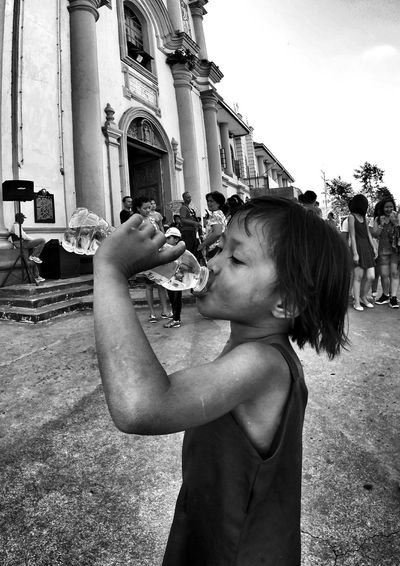 Exploring New Ground The Human Condition Thirstquencher GoPro Hero3+ BlackEdition Goprophotography Streetphoto_bw Streetphotography Monochrome Blackandwhite