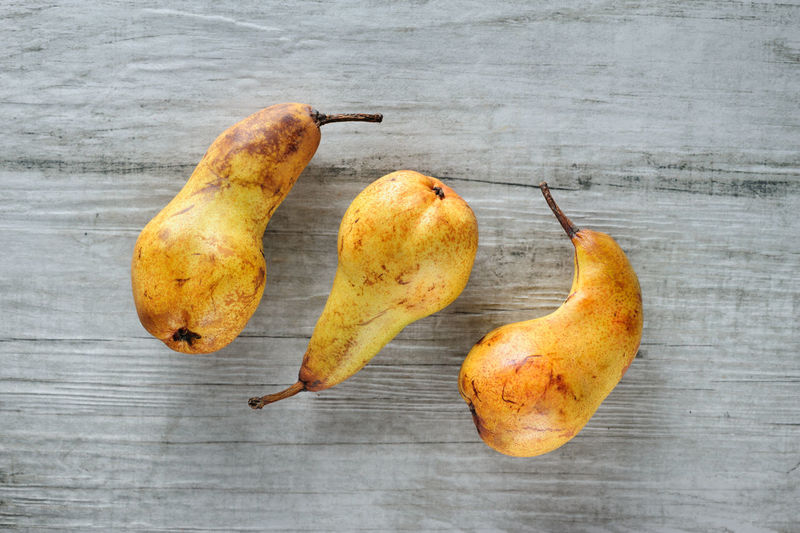 yellow pears 3 Close-up Food Food And Drink Freshness Fruit Healthy Eating No People Pears Three
