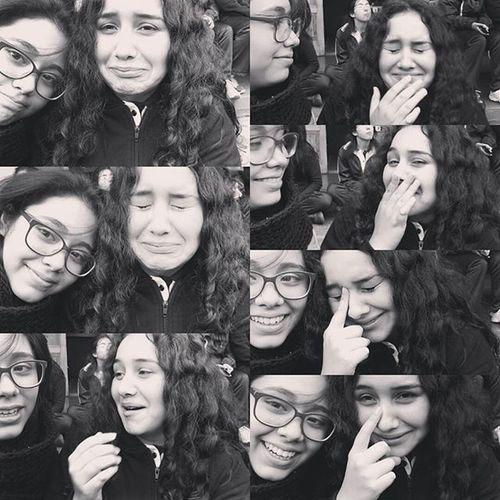Cuando en medio de una selfie tu amiga se da cuenta de que no puede sacar a su novio del libro😂😢😂😢😂 Books Libros Lectores LISAM Liceosantamarta Mer Readers Pequeñoinfinito Selfie Instagram Instatalca Instamoment Instachile Mylife Mivida Sonrie Happy Chile