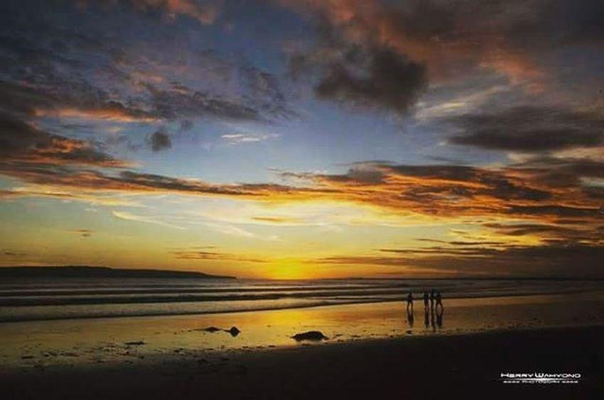 Where the sun ? Lanscape Beach Puger Jember Indonesiaku Indonesia_photography Nikon Nikonindonesia Photowork Sunset Herrywahyono