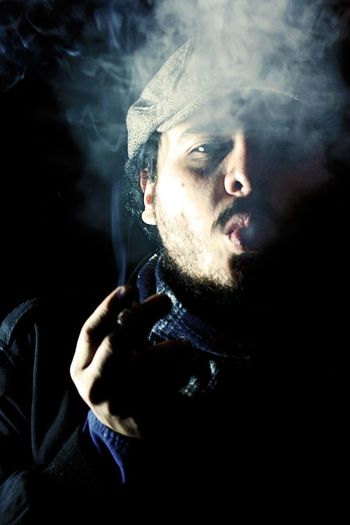 Zinc (4) RetratosDeMiPais Friends Photoshoot Retratos Portrait Portrait Photography Smoke Smoking SMOKE WEED EVERYDAY Smoke Time Smoker Smoke Session Smoke Break Fumando Fumando... Humo Retratosanonimos