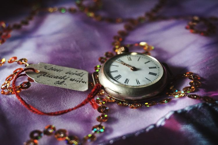 I recently found this treasure in the basement of my grandmothers house. I love to rummage in old boxes there, always hoping to find an old treasure ... 🕸⏳ Numeral Fob Watch Old Watch Time Antique Antiques Samt Lila Purple Clock Timeless Craftmanship Handicraft EyeEm Selects Time Close-up Still Life Clock No People Pocket Watch Old-fashioned Purple Clock Face Minute Hand The Still Life Photographer - 2018 EyeEm Awards