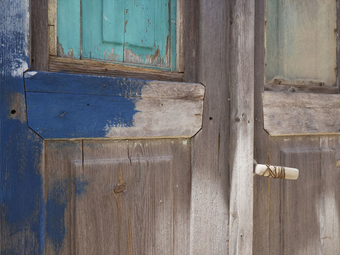 Close-up Colors Day Doors Handle Keys Latch Locks No People Outdoors Structures And Architecture Wood Wood - Material