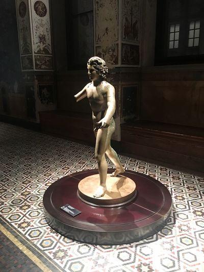 Ausstellung Neues Museum Berlin Dezember 2017 Ancient Art Museum Statue Architecture Indoors  Female Likeness Male Likeness