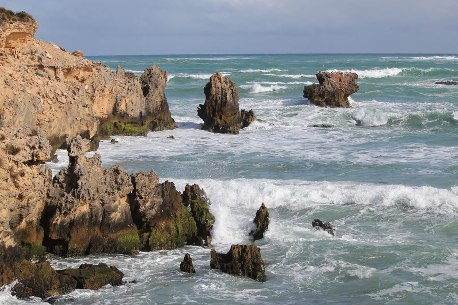 Southend South Australia Sea And Sky Rough Sea Rocks And Water Rocky Coastline
