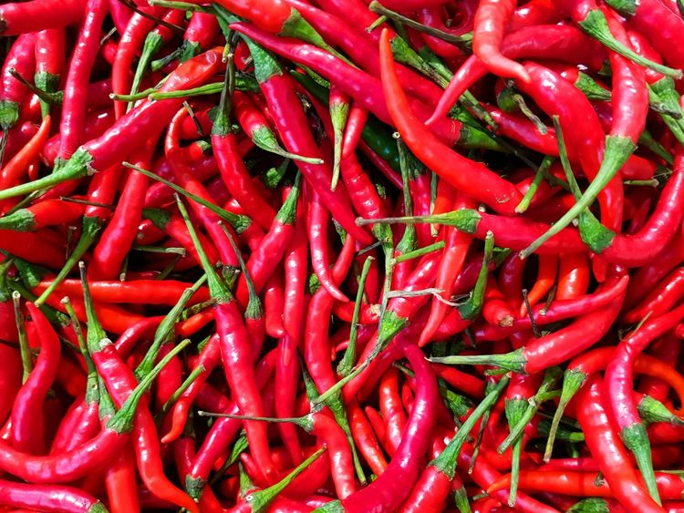 Chilli Red Spice Food Backgrounds Vegetable Healthy Eating Chilli Chillis Savory Food Full Frame Food And Drink Freshness Abundance Market No People Close-up Outdoors Day Spices Spices Food Hot Garnish Herb Herbs And Spices