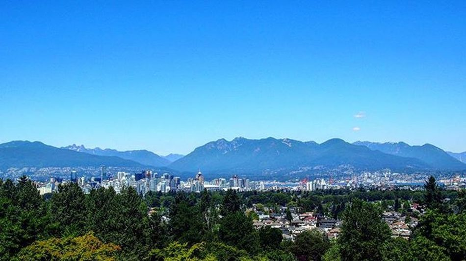 The view of Downtown Vancouver from Queen Elizabeth Park. This was taken last summer on one of the hottest days of the year. _______________________________ Vancitybuzz Vancity Vancityhype Vancouverbc Vancouver Downtown Downtownvancouver Landscape Landscapelovers Landscape_lovers Landscape_captures City Cityscape Mountain Mountains Greencity Travel Travelworld Travelcanada Wanderlust Bobcanada Travelgram Mytravelgram Instatravel Olympus takemeback summer lovecanada lovethiscity