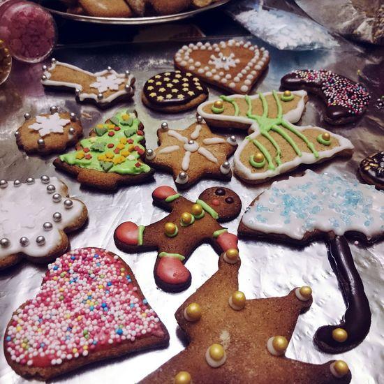 Baking Gingerbread Gingerbreadman Gingerbreadcookies Christmascookies Christmastime