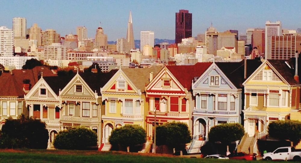 San Francisco Painted Ladies Traveling Travel Photography Streetphotography Old Buildings Taking Photos Citylandscape Cityphotography Cityscape