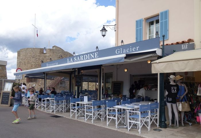 La Sardine Saint Tropez Restaurant Harbour Port