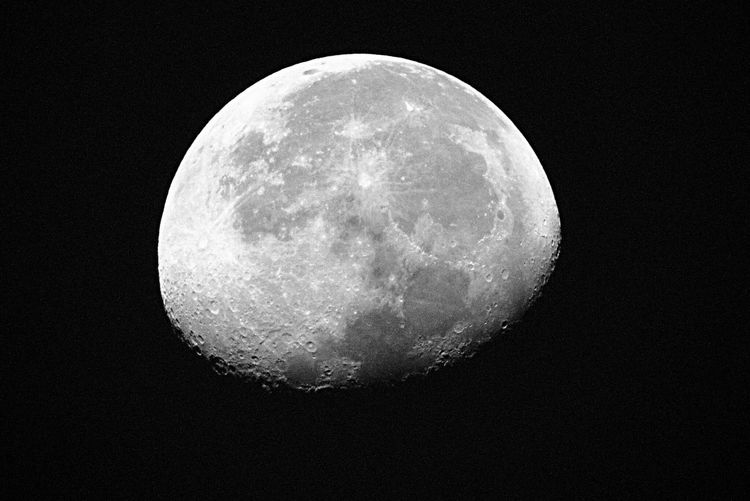 Morning Moon shot at 7am 9-20-16 Canonphotography Moon Astronomy Close-up Planetary Moon Sphere Tranquil Scene Moon Surface Sky Mobilephotography Clear Sky Photooftheday Fairlawn