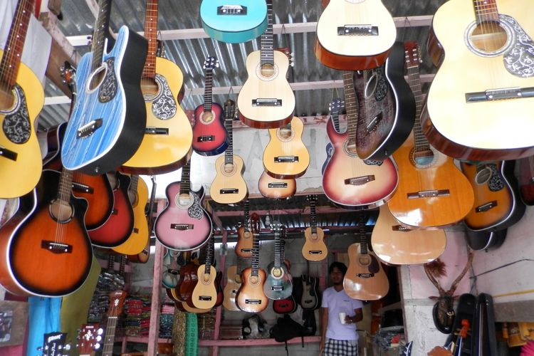 Guitars shop at