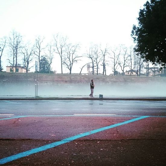 Lucca Humanswatching Thewall Fog Weather Winter