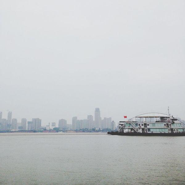 长江 River City Life Hello World