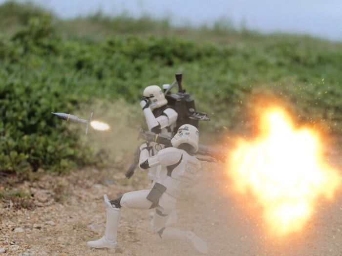 """Back blast all clear!"" Starwars Starwarstoypics Starwarstoyfigs Starwarstoys Stormtrooper Sandtrooper Starwarsblackseries6inch Starwarsblackseries At4rocketlauncher At4backblast Toyartistry_elite Toyartistry Actionfigurephotography Toystagram Toyslagram Toyphotography Ohiotoykick Toyplanet Toydiscovery Toyboners Toycommunity Toystagram_starwars Toyleaguestarwars Hasbro TBSFF"
